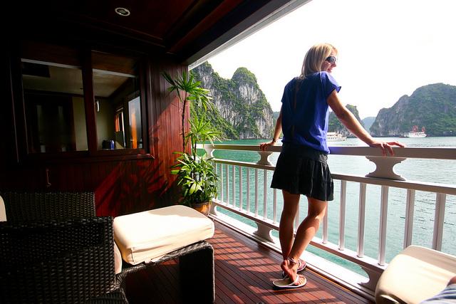 Paradise Peak balcony, Haong Bay
