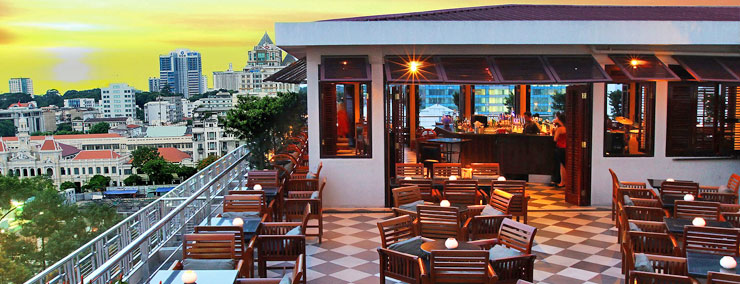 Saigon-Saigon-Rooftop-Bar