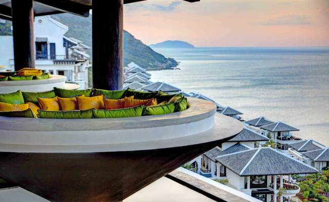 best honeymoon dining spot - intercontinental vietnam