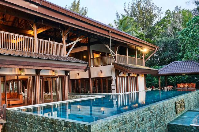 hibiscus-villa-pools
