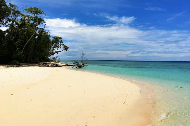 sipadan-beach