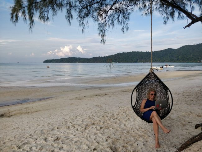 koh rong samloem beach cambodia holiday